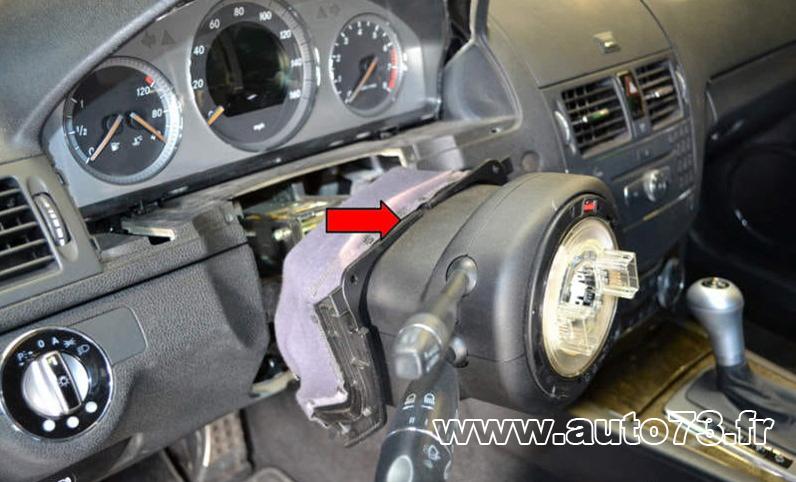 Dépose EZS ELV Mercedes W204